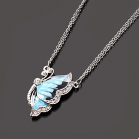 Ladies Bling Rhinestone Bling Butterfly Pendant Necklace