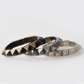 European Style Vintage Elastic Small Pyramid Bangle Bracelet