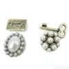 Vintage Pearl Stud Earrings With Rhinestone