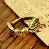 Vintage Classical Heart Love Wing Band Ring for Women