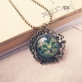 Vintage Jewlery Hollowed Edge Cat Style Long Chain Necklace