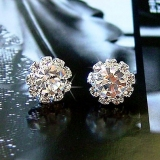 Fashion Simple Sun Flower Rhinestone Stud Earring