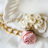Fashion Elegant Rose Beaded Charm Bracelet